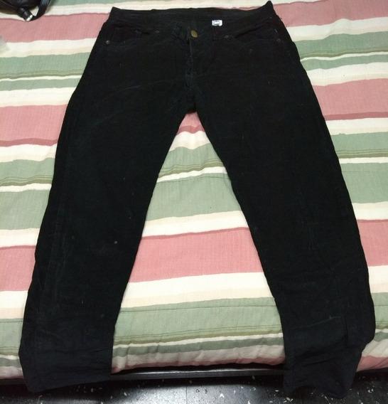 Pantalón De Corderoy Negro Talle 40 Tiro Bajo Rock