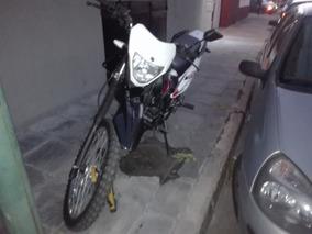 Motomel Skua 250 Muy Buena, Permuto Mayor Valor.