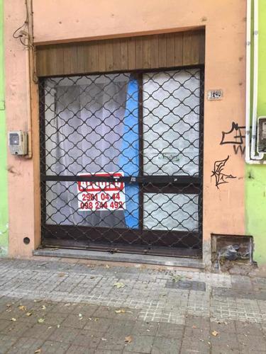 Local En Ferreira Aldunate Y Soriano