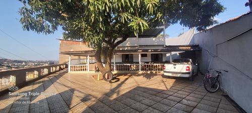 Imagem 1 de 14 de Casa Bairro Iguaçu