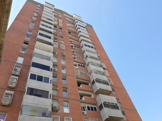 Apartamento En Venta La Candelaria Mls #20-11185