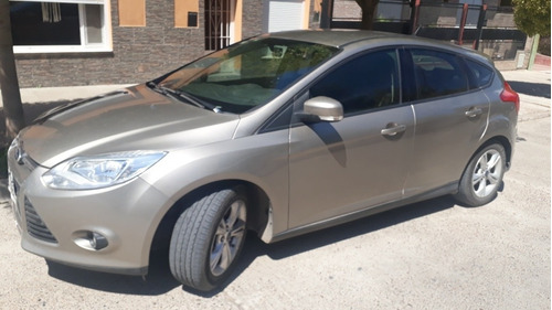 Ford Focus S 1.6 L