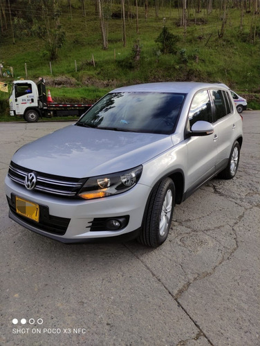 Volkswagen Tiguan 2.o T At Secuencial
