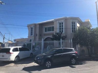 Casa Especial Para Oficinas Y Negocios Excelente Ubicacion Y Alta Afluencia Vehicular