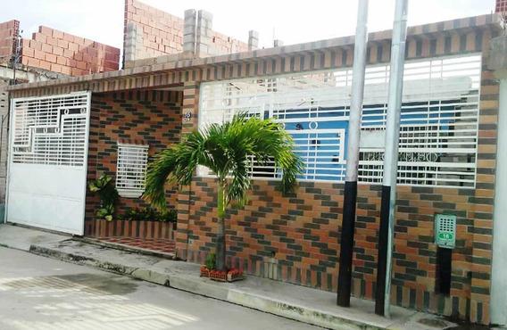 Se Vende Comoda Casa En Buenaventura, Paraparal , Los Guayos