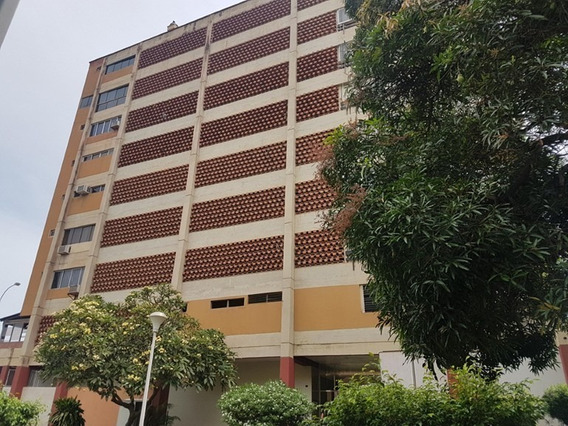 Apartamento En Venta Caraballeda