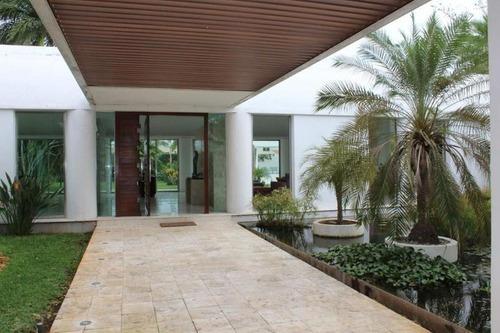 Venta Casa En Mérida De Autor!! Terreno 2500m2 Diseño Exclusivo