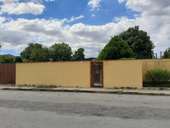 Venta De Quinta En Barrio Sucre Negociable 04243776638