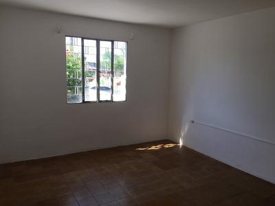 Casa A 100 Mts De Av. José Belloni