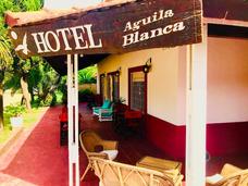 Hotel Aguila Blanca