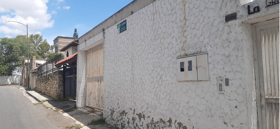 Anexo 50 M2, Bello Monte 1 Habitacion Amoblado