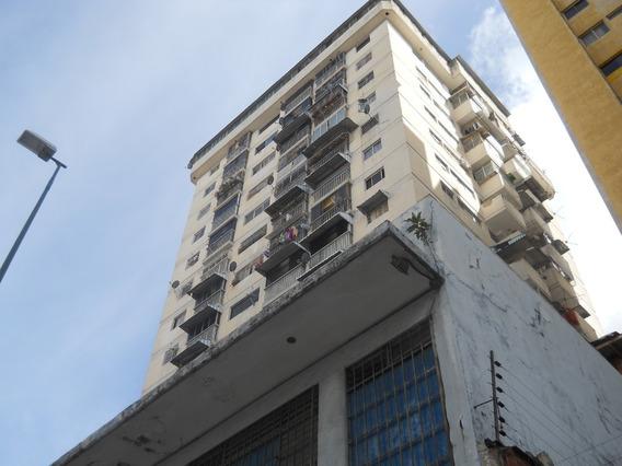 En Venta Apartamento En Av.panteon #20-5157 Rgr