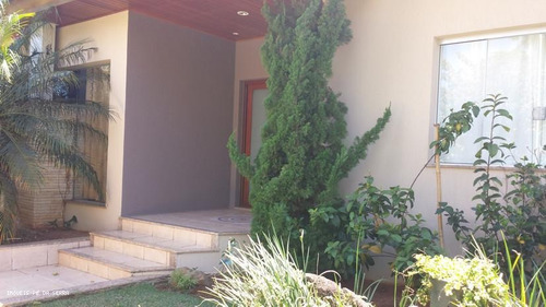 Imagem 1 de 15 de Casa Para Venda Em Atibaia, Vila Santista, 3 Dormitórios, 3 Suítes, 4 Banheiros, 8 Vagas - 037_1-1690612