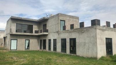 Casa Residencial En Venta, Cerca Del Tecnológico Apizaco, Tlaxcala
