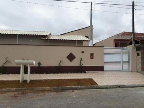 Boa Casa Próxima Do Mar No Jd Grandesp - Itanhaém 3476   Npc