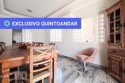 Casa Com 3 Dormitórios E 3 Garagens - Id: 892874510 - 174510