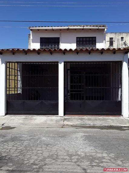 Casas En Bucaral Flor Amarillo Erika Colina