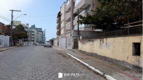 Imagem 1 de 1 de Ótima Casa A Venda Com 3 Quartos (1 Suite),mobiliada, Amplo Terreno Na Frente Em Bombas, Bombinhas/sc, Cód 677 - Sc - Ca0011_boavis