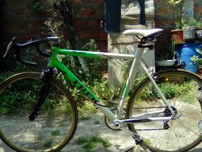 Bicicleta Media Pista Trek