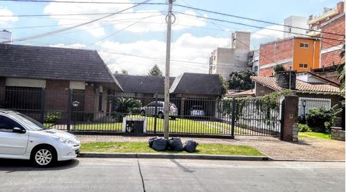 Casa De 4 Amb. Con Quincho  Ideal Constructor