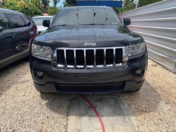 Jeep Grand Cherokee Laredo 11 Gris Oscuro