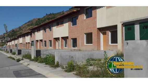 Townhouse A Estrenar En Campo Claro