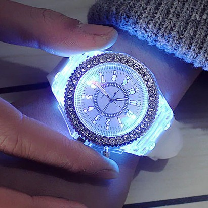 Relógio Feminino Led Brilhante Analógico Branco - Promoção