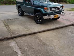 Toyota Land Cruiser 4500 1998