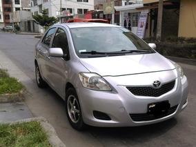 Toyota Yaris Xli 1.3 Mecánica