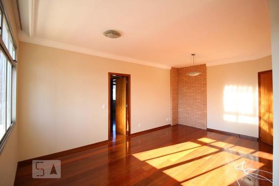 Apartamento No 7º Andar Com 2 Dormitórios E 1 Garagem - Id: 892945654 - 245654