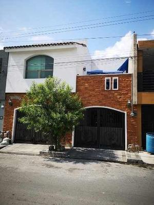 Se Vende Hermosa Casa En La Colonia Azteca En Guadalupe, Nuevo León