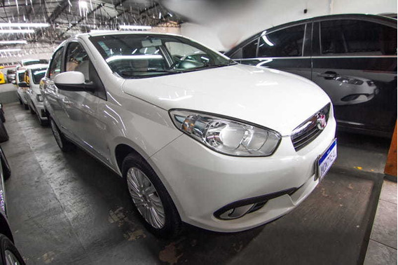 Fiat Grand Siena Essence 1.6 16v Flex Mec. 2014