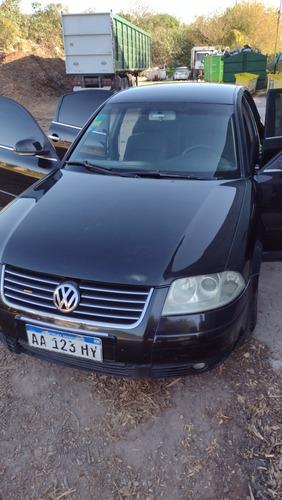 Imagen 1 de 10 de Volkswagen Passat 1.9 I Trendline 4m 2004