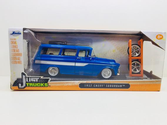 Miniatura 1957 Chevy Suburban Rodas Extras Jada 1/24