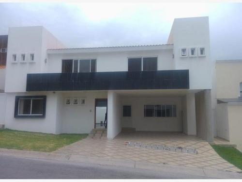 Casa Sola En Renta Fracc La Loma Club De Golf