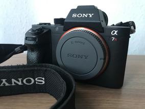 Sony A7rii + Grip + 8 Baterias + Carregadores (pouco Usada)