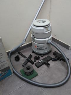 Aspiradora Black And Decker Multiclean 20 Wet & Dry