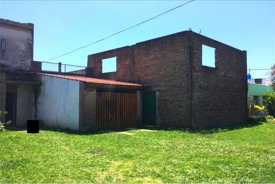 Oportunidad Casa Con Amplio Terreno En Gran Bourg