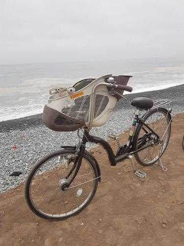 Imagen 1 de 2 de Vendo Bicicleta Con Sillas Para Transportar Niños