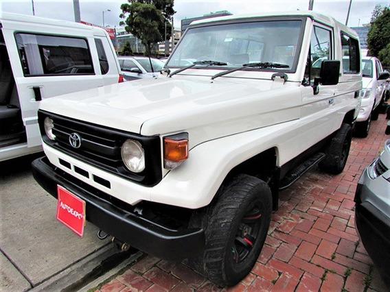 Toyota Land Cruiser Cabinado Mec 4.5 Gasolina 4x4