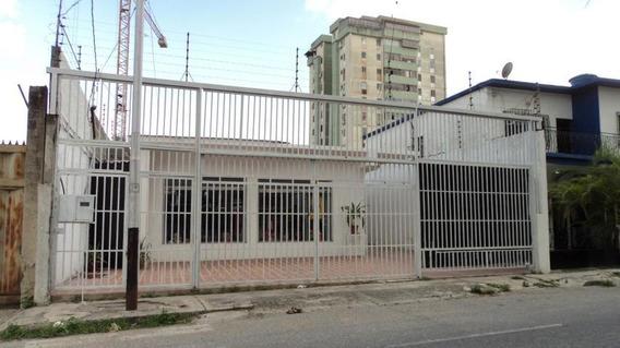 Local En Alquiler En Centro Barquisimeto Lara 20-2498 Rahco