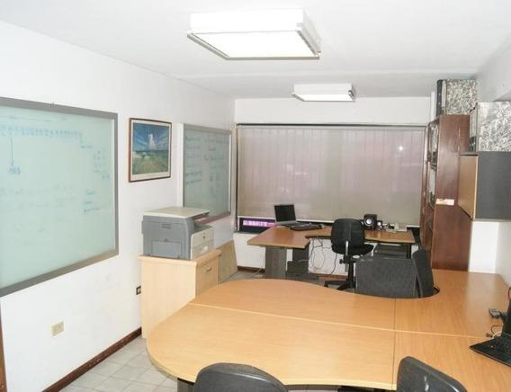 Apartamento En Venta Sabana Grande Gina Briceño 20-2768