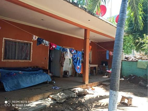 Casa Sola En Venta Punta De Zicatela