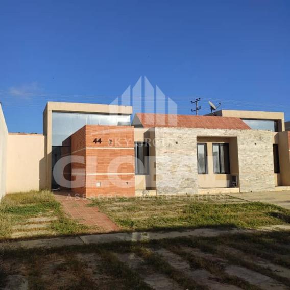 Casa En Tucacas, Res. Casas Del Mar. Glc-378
