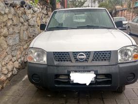 Nissan Np300 Año 2010 Camioneta En Perfecto Estado!