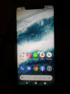 Celular Motorola One 64gigas