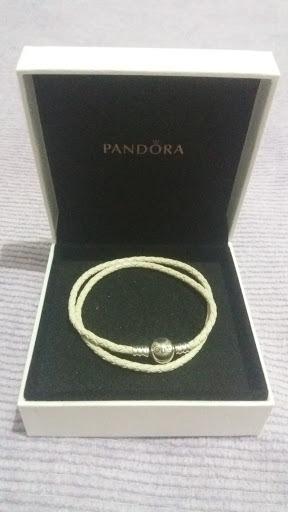 Pulseira De Couro Pandora Marfim