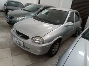 Chevrolet Corsa Sedan 1.0 Super Milenium 4p
