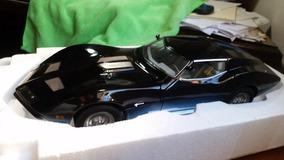 Miniatura Corvette Manta Ray Autoart 1/18