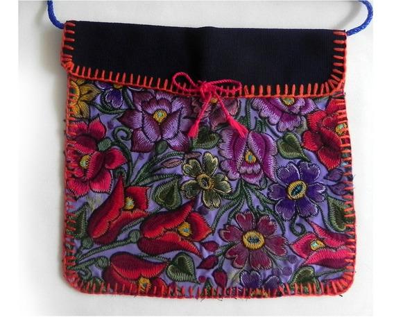 Bolsa En Bordado De Flores Artesanal Chiapaneco, Mod. #4